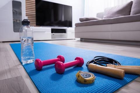 چگونه برای سلامتی و تناسب اندام خود در منزل برنامه ریزی کنید؟ 1
