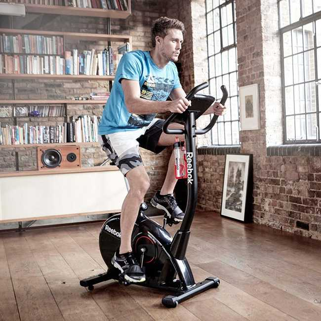 تفریح، سلامتی و یک ورزش هوازی کامل با دوچرخه ثابت 1