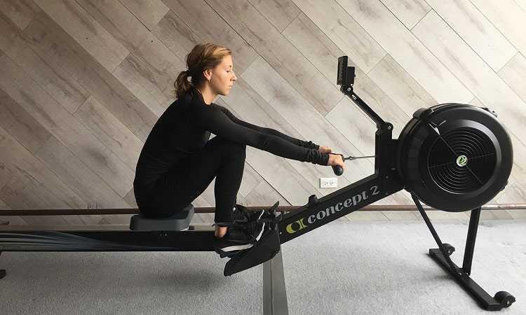 یک ورزش کامل برای چربی سوزی و عضله سازی با دستگاه روئینگ 1