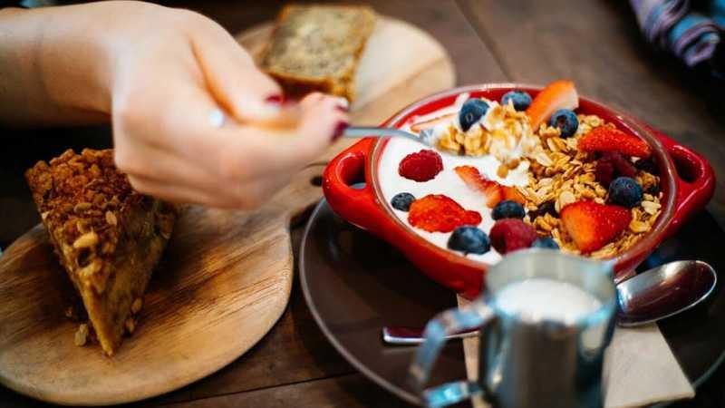 با محبوب ترین و خوشمزه ترین غذاها و خوردنی کالری منفی آشنا شوید 2