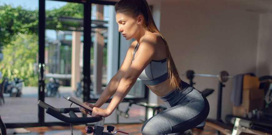آشنایی با ترفندهای دوچرخه ثابت برای تازه کاران