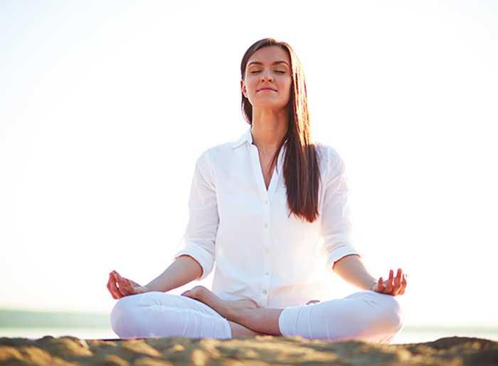 با 10 عدد از فواید تمرینات یوگا آشنا شوید 1