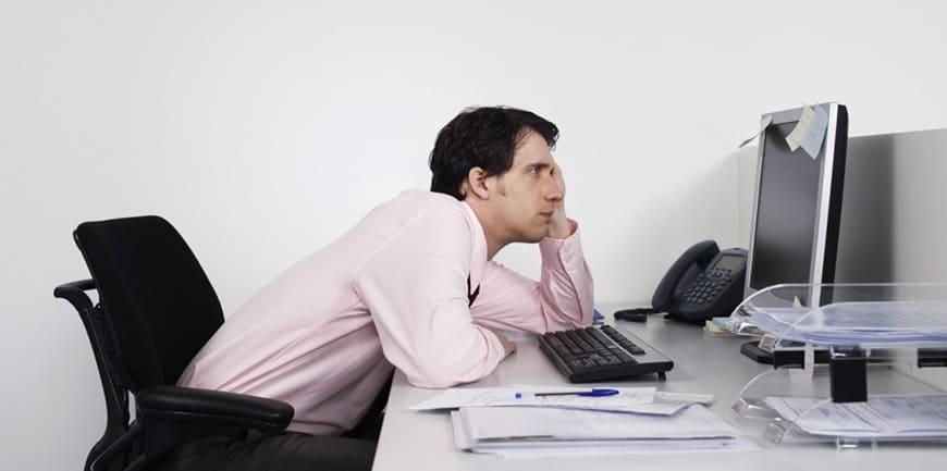 تاثیر شگفت انگیز ماساژ برای کارمندان و افرادی که زیاد پشت میز و لپ تاپ هستند