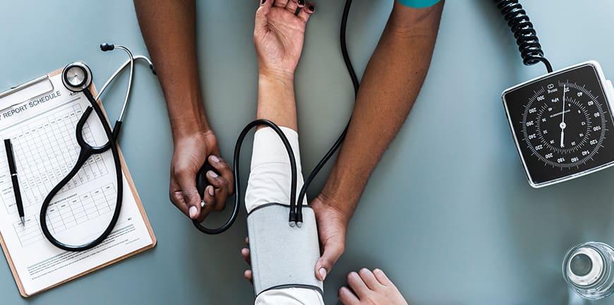 فشار خون و آشنایی با عملکردهای دستگاه فشار سنج