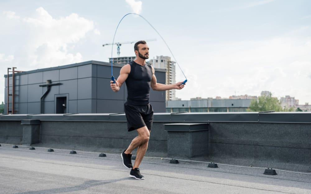 فواید طناب زدن برای سلامتی و کاهش وزن