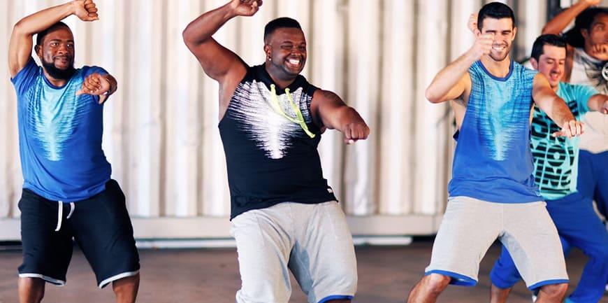 فواید ورزش زومبا برای سلامتی و لاغری